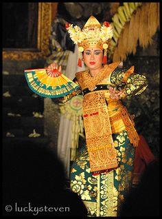 Legong Kraton Dance - Ubud, Bali