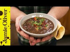 If you're one for spicy soup recipes then what better way to kick-start a healthy new year, than with Jamie Oliver's colourful black bean soup recipe. Healthy Beans, Healthy Soup, Healthy Snacks, Healthy Recipes, Bean Soup Recipes, Chowder Recipes, Black Bean Soup, Black Beans, Jamie Oliver Soup