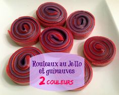 Rouleaux Jello et guimauves 2 couleurs! Super festif!! Jello Aux Fruits, Jello With Fruit, Boite A Lunch, Kids Meals, Cooking, Birthday, Celebrations, Couture, Food