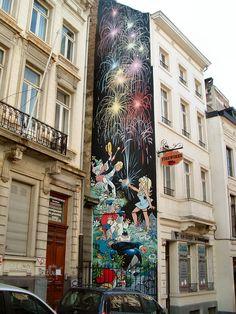 Bruxelles Lire: http://culturefrancaise.over-blog.com/article-je-visite-bruxelles-french-elementary-fle-a2-56784073.html Leer: http://culturefrancaise.over-blog.com/article-bruxellisation-56779931.html
