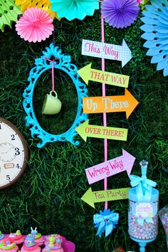 Alice in Wonderland party printable arrows at Krown Kreations on Etsy | Cool Mom Picks
