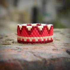 Peyote ring Beaded ring Beadwoven ring by HappyBeadwork on Etsy