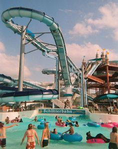 """Everything's bigger in Texas, which means its largest water park must be enormous. Schlitterbahn, which means """"slippery road"""" in German, certainly lives up to its name with its wide array of waterslides in New Braunfels. Best time ever! Texas Roadtrip, Texas Travel, Places To Travel, Places To See, Waltz Across Texas, Gear Best, Texas Hill Country, Water Slides, Explore"""