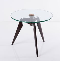 Pietro Chiesa; Mahogany, Brass and Glass Occasional Table for Fontana Arte, 1940s.