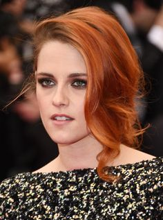 Kristen Stewart showed off her orange locks  | Met Gala 2014