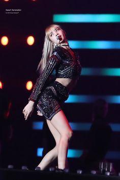 Trang chủ / Twitter South Korean Girls, Korean Girl Groups, I Got You Fam, Number One Hits, Arte Disney, Blackpink Lisa, Yg Entertainment, Pop Music, Little Princess