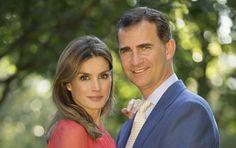 Happy 10 year wedding anniversary to Crown Prince Felipe and Crown Princess Letizia!