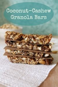 Check out this 4-ingredient recipe for clean eating Coconut-Cashew Granola Bars. A healthy snack or breakfast on the go that you can feel good about eating. Pin now and save for later.