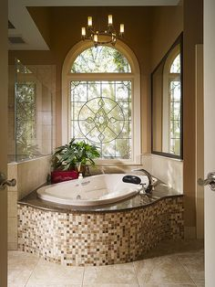 Cool Tub Orientation and Window! By Flickr.