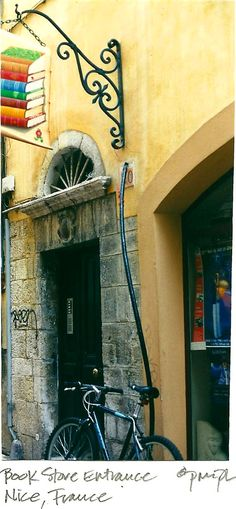 Quaint bookstore during a stroll on one of the side streets in Nice, France.