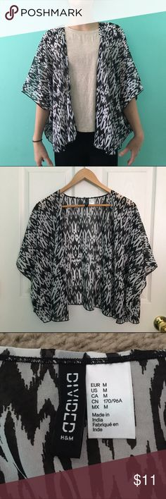 Black and White Patterned Kimono •Black and White Patterned Kimono •Worn Once (for photo) H&M Other