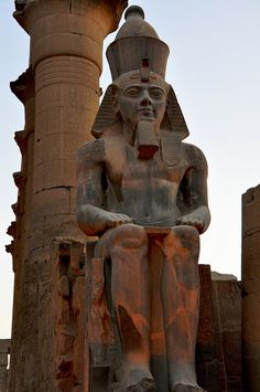 Now, although I was born and raised in St Johns Wood, the fact is that I have two hometowns. My other hometown is Luxor, in Egypt. It has many beautiful temples. This is the Luxor Temple. Ancient Ruins, Ancient Artifacts, Ancient Egypt, Ancient History, Art History, Temples, Egypt Art, Cairo Egypt, Pyramids Egypt