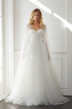 21 Ultra Romantic Tulle Wedding Dresses - MODwedding