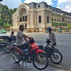 #saigon #operahouse #dongkhoi #vietnã #xeom #relaxing