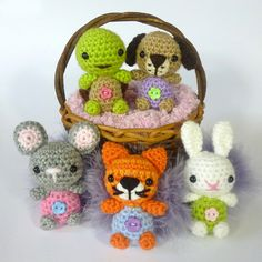 Minimals - Little Pet Shop pattern by Janine Holmes