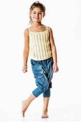 Sandnes: Sommertop til piger med hulmønster og stropper