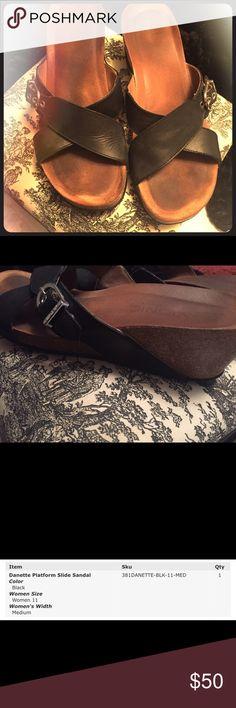 "Vionic Orthaheel ""Danette"" Slide Great condition! Adjustable strap. Vionic Orthaheel Shoes Wedges"
