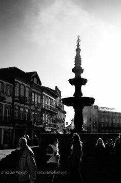 Chafariz de uma terra chamada Viana. Viana do Castelo, princesa do Lima.