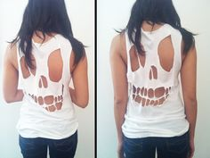 We want your skull (in a thats-our-favorite-Misfits-song kind of way), Hurley Girls Thanks Hurley! Diy Halloween Skull tee, done did it! Do It Yourself Baby, Do It Yourself Fashion, Look Fashion, Diy Fashion, Fashion Trends, Diy Vetement, Skull Shirts, Skull Tank, Diy Shirt