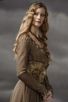 Alyssa Sutherland as Aslaug in Vikings
