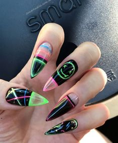 Hippie Nails, Goth Nails, Edgy Nails, Stylish Nails, Swag Nails, Soft Grunge Nails, Grunge Nail Art, Edgy Nail Art, Acrylic Nails Coffin Short