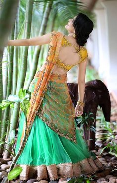 The wedding season is here! Ready to rock the wedding season with the mesmerizing and stylish blouse designs? Not only the bride every girl wants to look at their ethnic best at weddings. Half Saree Designs, Bridal Blouse Designs, Lehenga Designs, Saree Blouse Designs, Dress Designs, Half Saree Lehenga, Lehnga Dress, Anarkali, Indian Dresses