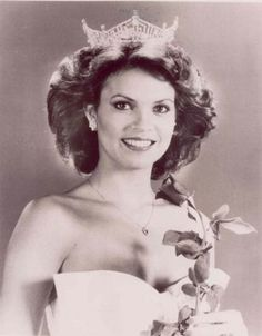 Miss Arkansas Elizabeth Ward from Russellville, Arkansas became Miss America in 1982
