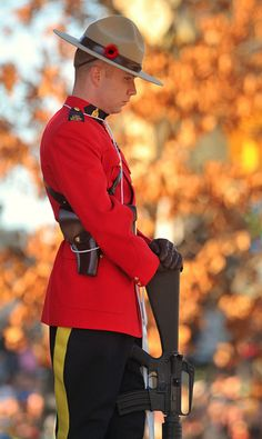 RCMP on Remembrance Day, Ottawa