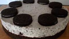 No Bake Oreo Cheesecake. A simple but awesome recipe to tantalize your taste buds! No Bake Oreo Cheesecake, Good Food, Yummy Food, Christmas Desserts, Taste Buds, Nom Nom, Sweet Treats, Awesome Recipe, Favorite Recipes