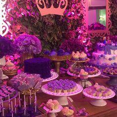 Lindo doces por @lucinhacascao  Arrasou viu querida #duda2anos #princesasofia #latelierfestas #lateliercriacoes #festaprincesasofia