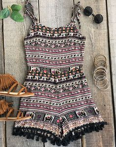 This simple little slip romper is causal and cute! Whether you are running around town, shopping or going to hang out with friends! We are glad it has that elastic waist and classic prints! It's perfect for everyday!