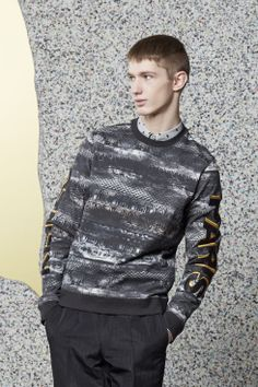 "Just in: ""Ribbon Cloud"" Sweatshirt for Men Pullover Designs, Printed Sweatshirts, Kenzo, Mens Fashion, Style Fashion, Ready To Wear, Men Sweater, Winter Jackets, Clothes For Women"