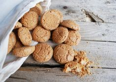 Amaretti – Italy's Answer to Macarons