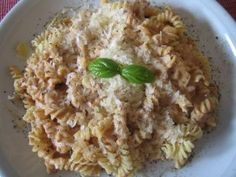 Fusilli in Thunfischcremesauce - Rezept, Fusilli, Dips, Macaroni And Cheese, Oatmeal, Food And Drink, Dinner, Breakfast, Health, Ethnic Recipes