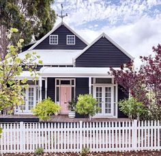 55 Awesome Home Exterior Design Ideas. You can fix your home exterior design even if you do not have much money. In this article I am going to talk about the ways to improve your home exterior design. House Paint Exterior, Exterior House Colors, Exterior Design, Gray Exterior, Facade Design, Porches, Weatherboard House, Queenslander, House Ideas