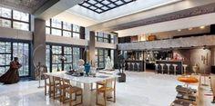 La vente de l'hôtel particulier de Gérard Depardieu pour 50 millions d'euros a été confiée à l'agence Féau. Ci-dessus l'immense salle à manger. (www.feau-immobilier.fr)