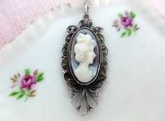 Vintage Oval Cameo Pendant Necklace  Carved Shell Silver