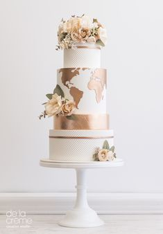 Copper World Wedding Cake, Map Wedding Cake, Metallic Wedding Cake #weddingcake