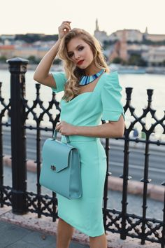 #orovicafashion #annahodlikbag #summervibes Summer Events, Timeless Fashion, Summer Vibes, Womens Fashion, Vintage, Design, Style, Blue Nails, Swag