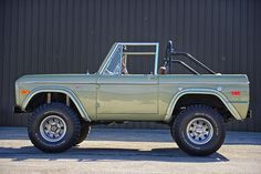 1974 Ford Bronco - WANT!!!!!!!!