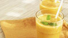 Der ultimative Fatburner-Detox-Smoothie! Cayennepfeffer, Kurkuma und Zitrone machen aus diesem Drink einen wahren Entgiftungs- und Fatburner-Star!