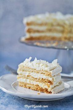 Tort Rafaello - bezowy torcik migdałowo - kokosowy