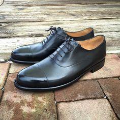 """""""Nové #boty plain oxford pro milovníka konzervativního stylu"""""""