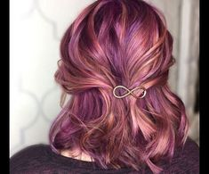 Nov 2018 - Colours of the Rainbow. See more ideas about Hair, Dyed hair and Hair styles. Rose Gold Hair, Purple Hair, Pulp Riot Hair Color, Bright Hair, Funky Hairstyles, Latest Hairstyles, Cool Hair Color, Hair Colors, Dye My Hair