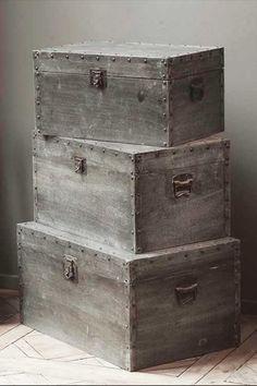 vintage trunks & 108 best Trunks u0026 Chests images on Pinterest | Antique trunks Old ...