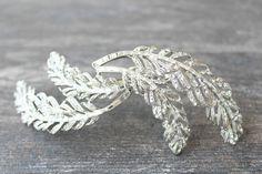 Swarovski Crystal Feather Hair Clip, Art Deco Bridal Hair Feather, Feather Bridal Fascinator- PLUMES de MARIEE