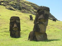 Exploring+Easter+Island+and+Discovering+Its+Many+Mysteries
