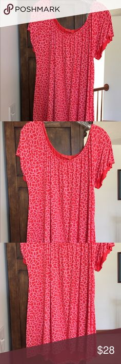 Fresh Produce Orange/pink Color Print Top XL Orangey pink print top with rounded neckline, short sleeves, long flowing material, peasant style, in XL.  Worn once. Material 80% rayon/20% Lycra Fresh Produce  Tops Blouses