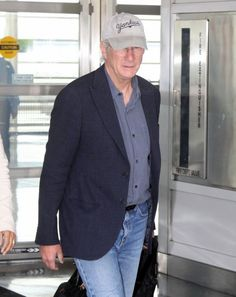 Richard Gere Photos: Richard Gere Lands in Washington, DC