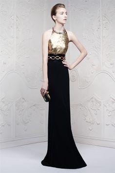 Sfilata Alexander McQueen London - Pre-collezioni Primavera Estate 2013 - Vogue